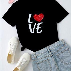 🌺NEW🌺 LOVE Graphic T-shirt